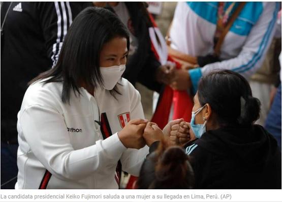 Keiko Fujimori aventaja elección presidencial de Perú, según primeros sondeos